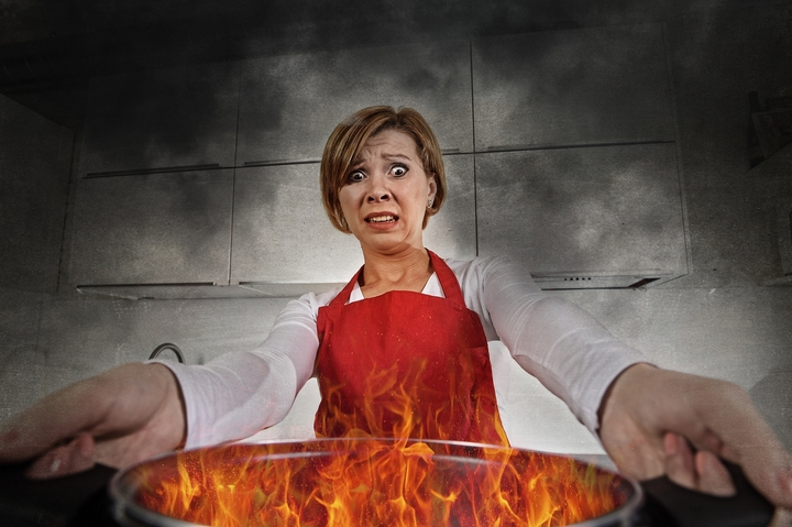 5 Ways to Extinguish a Fire in Your Kitchen