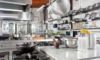 6 Cleaning Tips for a Commercial Kitchen