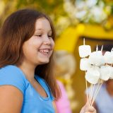 11 Types of Delicious Camping Food for Kids